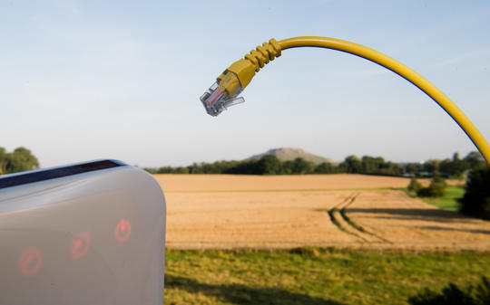 Bericht: Telekom und Versorger EWE planen gemeinsame Netzgesellschaft