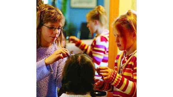 Schule Tossens Am Eigenen Kopf Neue Frisuren Ausprobieren