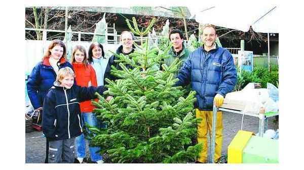 Weihnachtsbaum Kaufen Kiel.Weihnachtsbäume Oldenburg Melchior Kauft Nordmanntanne