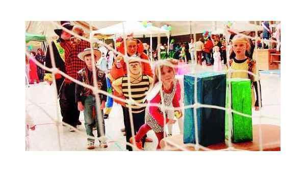 Fasching Brettorf Dotlingen In Der Manege Von Zirkus Brettoli