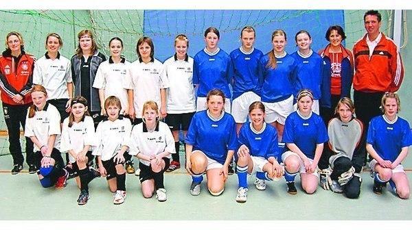 Fussball Markhausen Dank Cloppenburger Hilfe Feiert