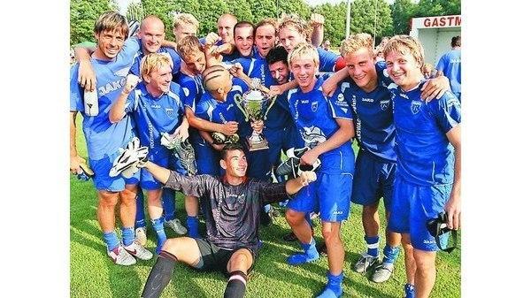 Fussball Funf Teams Jagen Kickers Emden