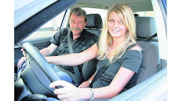 Auto Führerschein Mit 17 Gibt Kräftig Gas