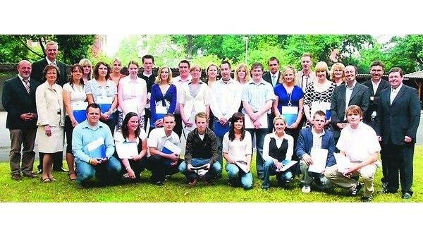 Bbs Am Museumsdorf Cloppenburg Industriekaufleute Freigesprochen
