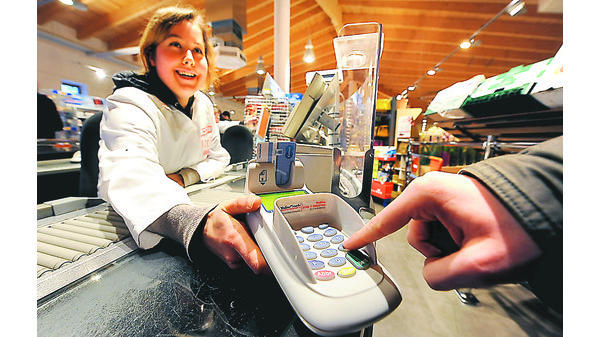 mit ec karte bezahlen HANDEL OLDENBURG: Kassieren mit EC Karte klappt