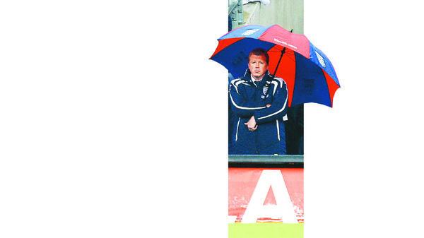 Fußball Erster Englischer Trainer In Der Bundesliga