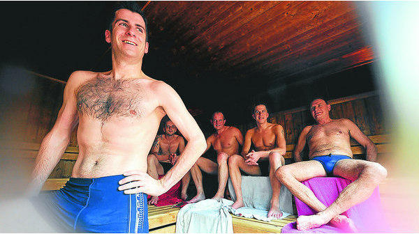 nackt in finnland