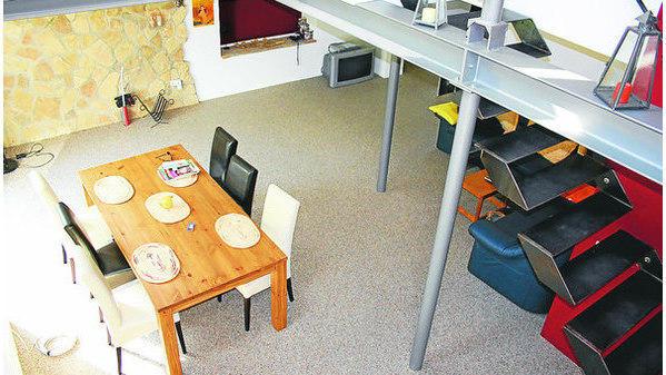 pflegeleicht und sehr robust steinteppiche aus quarzkies oder marmorgranulat bieten viele vorteile. Black Bedroom Furniture Sets. Home Design Ideas