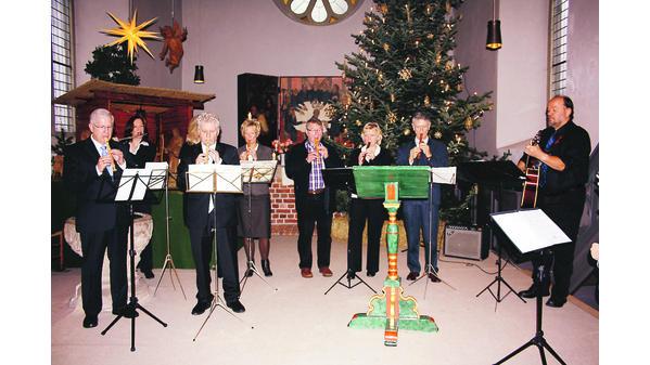 Weihnachtslieder Kirche.Abbehauser Spielen In Der Kirche Klassische Weihnachtslieder