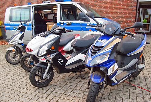 Polizei Landkreis Schnellster Roller Fährt 54 Stundenkilometer