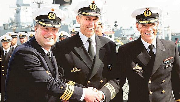Marine Wilhelmshaven Abschied Für Kommandanten