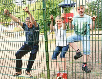 Kletterbogen Kunststoff : Spielplatztest bookholzberg: tristes holz so weit das auge blickt