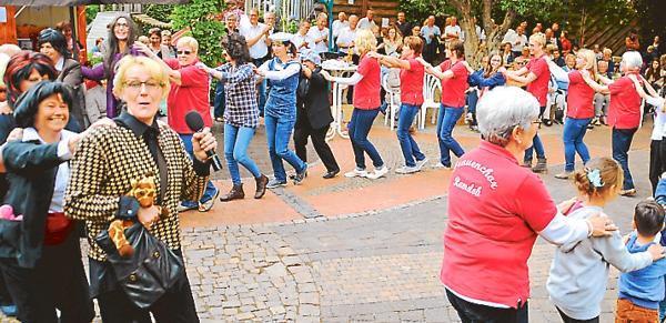 Garten Janssen musik ramsloh große polonaise durch den garten janssen gestartet