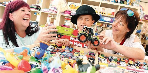 "Ein tag in der oldenburger ""toys company"""