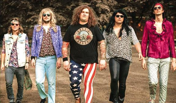 Hommage An Glamrock Der 70er Und 80er Jahre