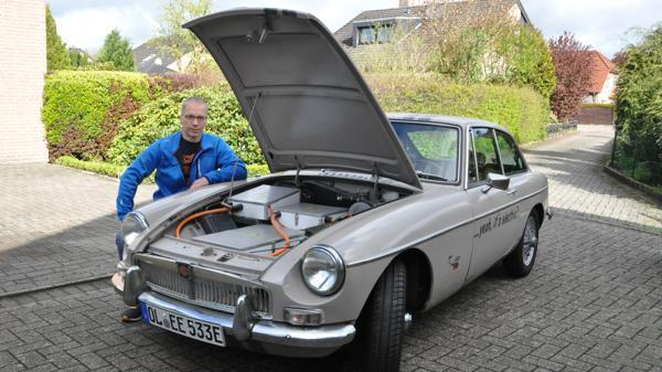 Oldtimer Als Elektroauto Oldenburg: Alter Brite steht in