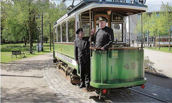 Straßenbahn Freunde Bremen Molly Trifft Zum Jubiläum Richtigen Ton