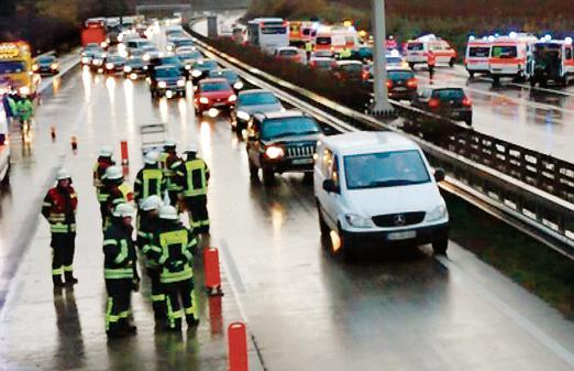 Mehrere Fahrzeuge verunglücken auf A1 nach Hagel