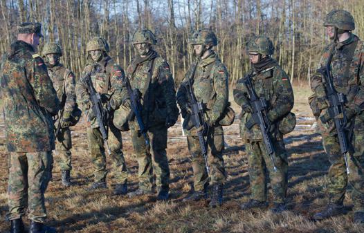 Freiwilliger Wehrdienst Bewerberzahlen Brechen Ein