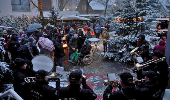 weihnachtsmarkt emstek schneeflocken und adventsmusik. Black Bedroom Furniture Sets. Home Design Ideas