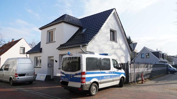 Polizisten finden verbotene Schusswaffen in Delmenhorster Wohnungen