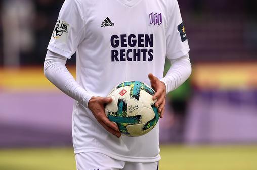 AfD-Storch beleidigt Fußballclub als