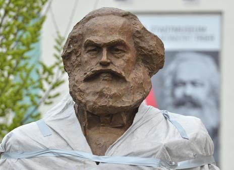 Streit um Karl-Marx-Statue in Trier dauert kurz vor Enthüllung an