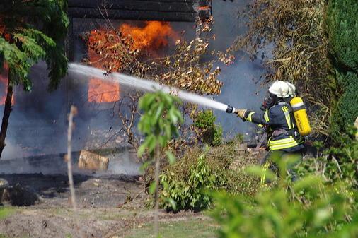 Brand In Delmenhorst Brand In Delmenhorst Wohnhaus In Flammen