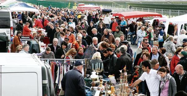 Flohmarkt oldenburg fliegerhorst 2017