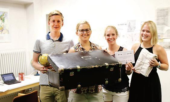 b20ea49473c2e5 Haben das Geheimnis des Bibliothekars in Sicherheit gebracht (von links)   Niclas Fangmann