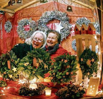 Weihnachtsmarkt Varel.Weihnachtsmarkt Auf Dem Schlossplatz Varel So Freut Sich Varel Auf