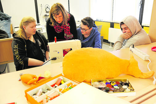 Kunstaktion An Braker Schule Brake Goldfische Müssen Nicht