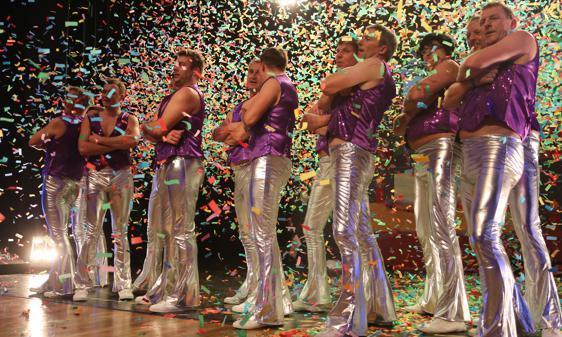 Karneval In Nordenham Auch Mit 50 Jahren Atemberaubend Jung