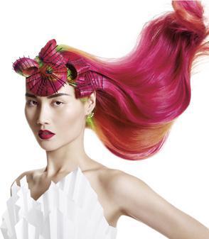 Mode Ob Blond Oder Braun So Gelingt Das Haarefarben Zu Hause