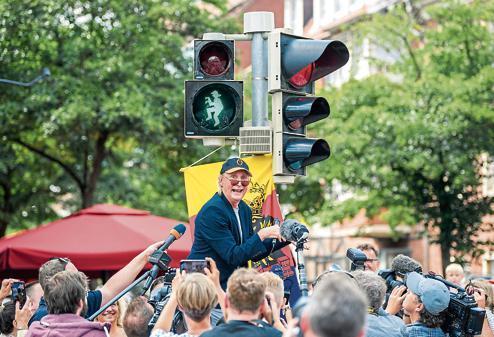 Show Emdengristede Otto Hat Im Nordwesten Vorfahrt