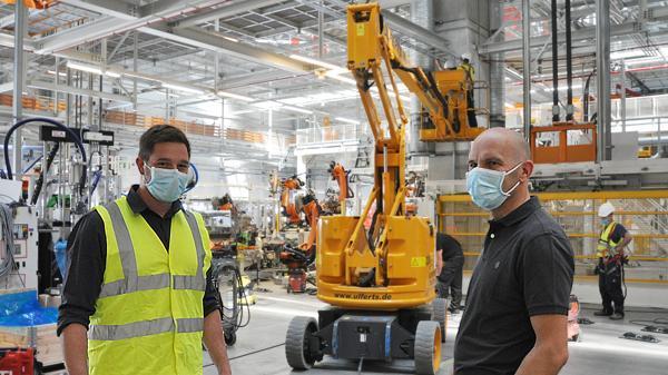 Vw In Der Corona Krise Das Passiert Bei Volkswagen In Emden In Den Werksferien