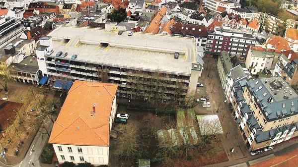 waffenplatz in oldenburg streit um parkhaus wieder entflammt. Black Bedroom Furniture Sets. Home Design Ideas