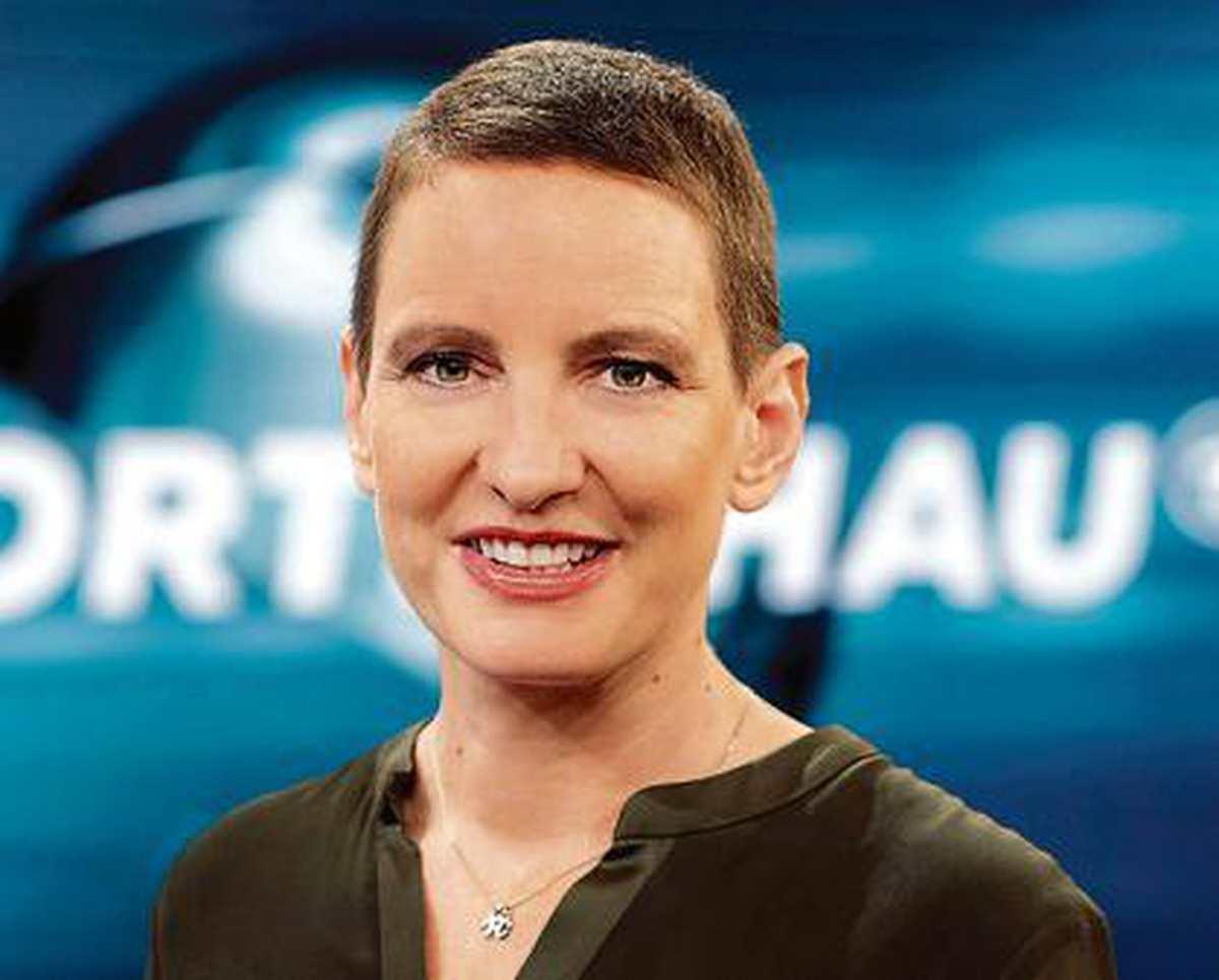 Okka nackt Gundel Totgeburt: Über