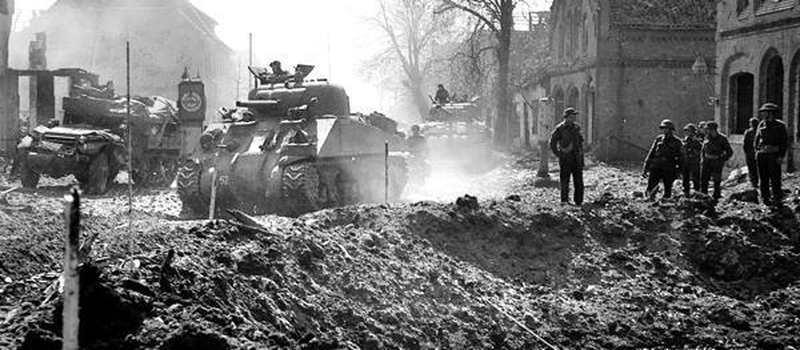 Ausstellung In Friesoythe: Fotos der Innenstadt-Zerstörung 1945 - Nordwest-Zeitung