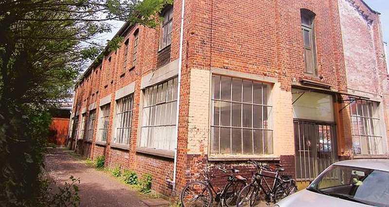 Architektur oldenburg bauwerk halle steht wieder sicher for Architektur oldenburg