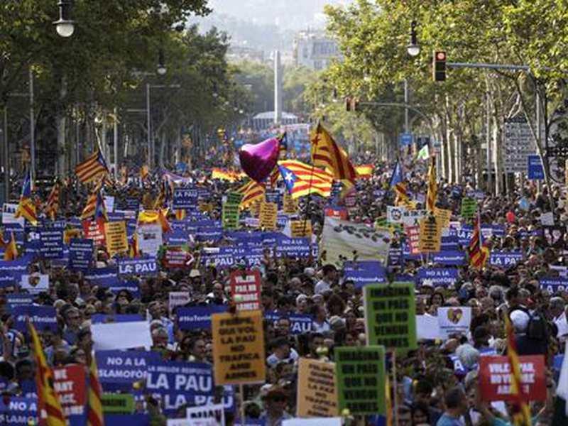 Gedenken in Spanien: Deutsche stirbt nach Anschlag in ...