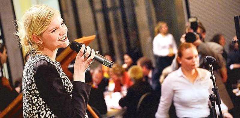 Hausmusik Oldenburg Emily Gibt Exklusives Konzert