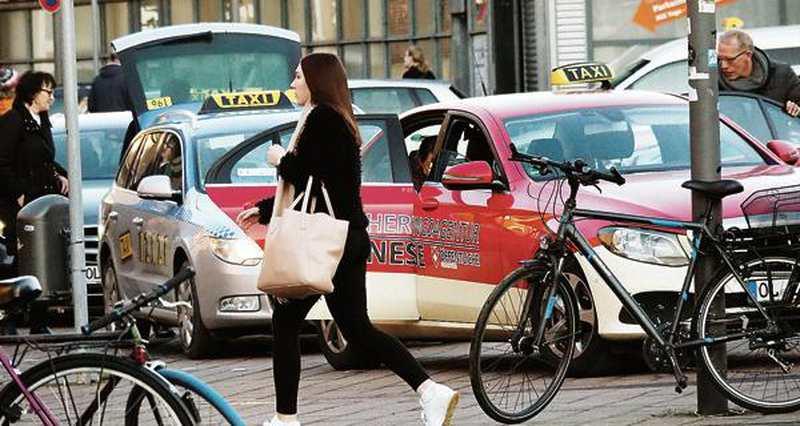 taxis in oldenburg darum sind die preise f rs taxifahren so hoch. Black Bedroom Furniture Sets. Home Design Ideas
