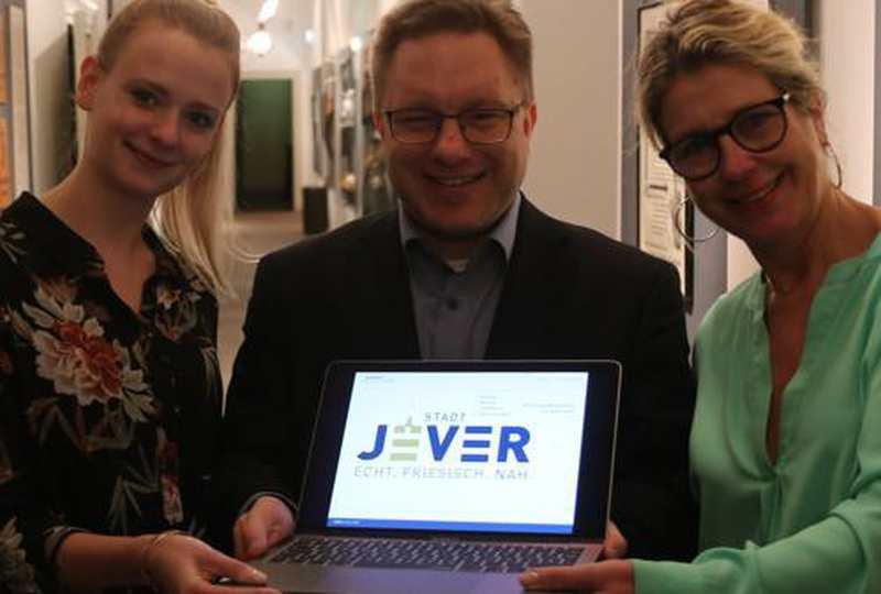 Neues Logo Für Jever: Geradlinigkeit und Nähe in Blau und Gold - Nordwest-Zeitung