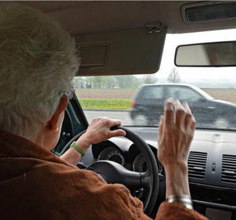 Wer Den Führerschein Abgibt Fährt Gratis: Bus- und Bahnticket für Senioren vom Landkreis - Nordwest-Zeitung