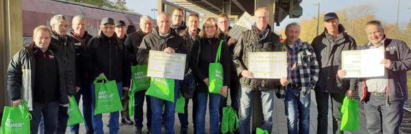 300 Schlepper Aus Dem Kreis Oldenburg: Bauern wollen endlich gehört werden - Nordwest-Zeitung