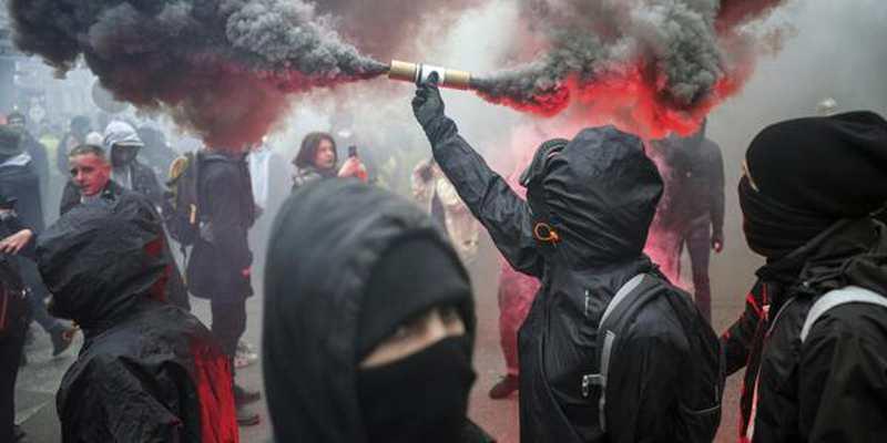 """: Keine """"Waffenruhe"""" in Paris vor Weihnachten"""